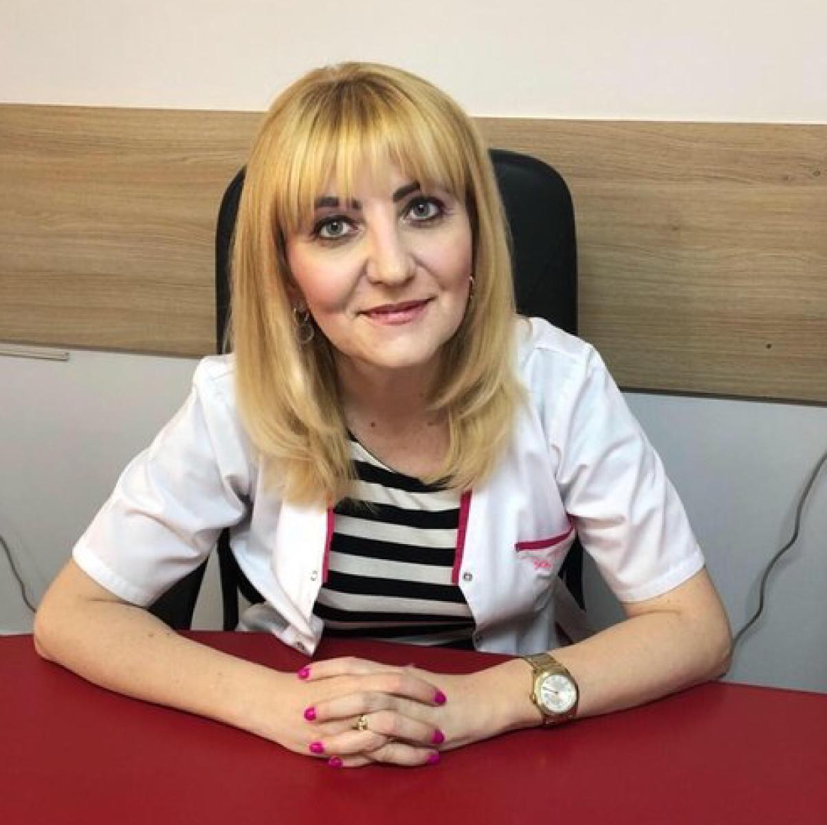 Dr. Cristina Lică