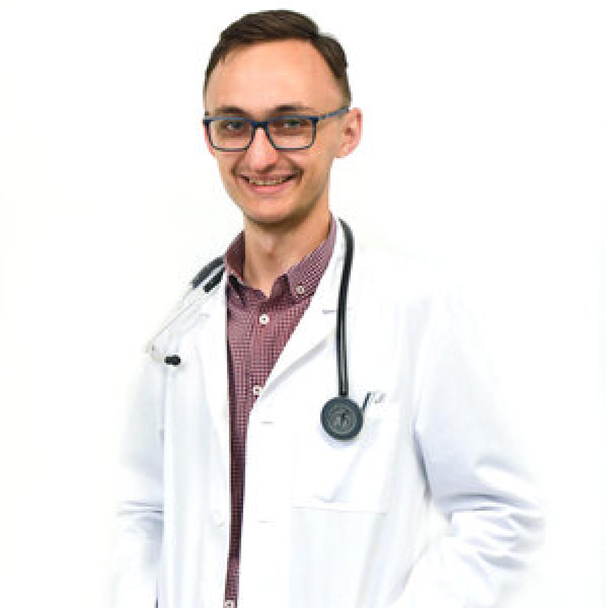 Dr. Cristian Chirilă