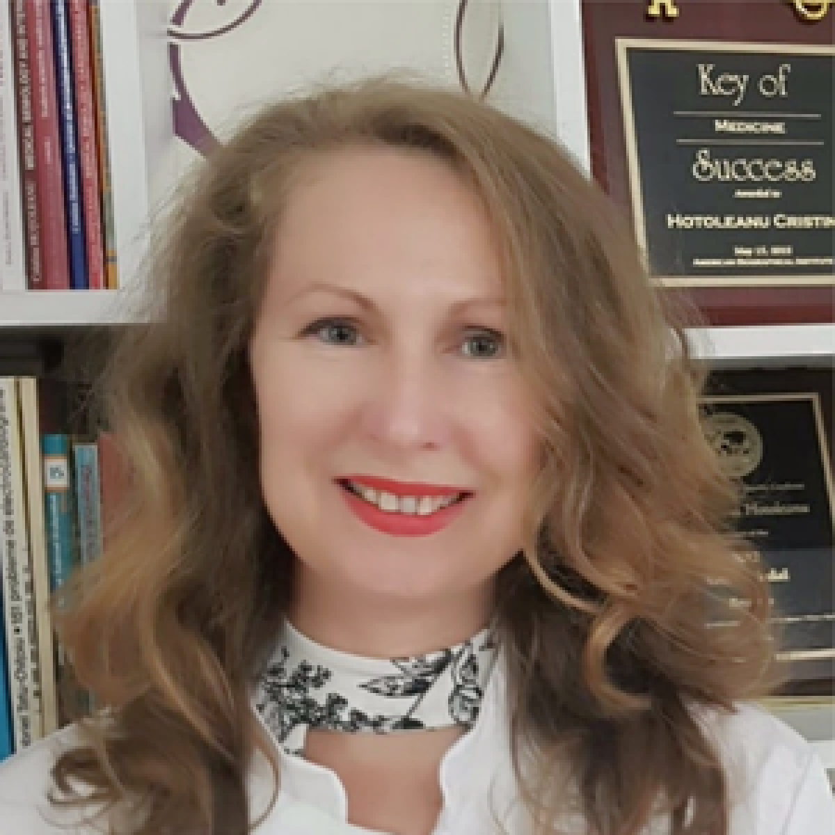 Dr. Cristina Hoțoleanu